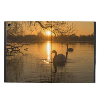 Capa Para iPad Air Por do sol com cisne