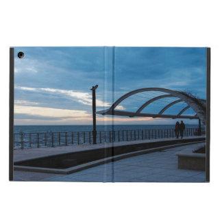 Capa Para iPad Air Trajeto da caminhada ao longo do mar azul