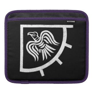Capa Para iPad Bandeira do corvo
