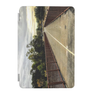 Capa Para iPad Mini Cruzando a ponte
