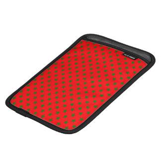 Capa Para iPad Mini Estrelas verdes do Natal no vermelho festivo