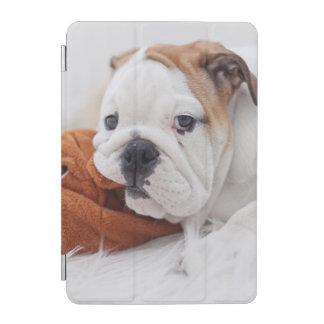 Capa Para iPad Mini Um filhote de cachorro inglês do buldogue que joga