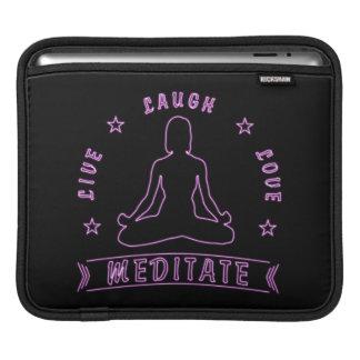 Capa Para iPad O amor vivo do riso Meditate texto fêmea (o néon)