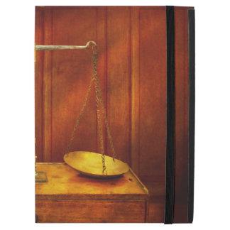 """Capa Para iPad Pro 12.9"""" Advogado - escala desequilibrada de justiça"""