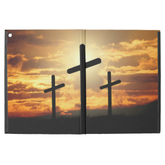 "Capa Para iPad Pro 12.9"" Cruzes santamente no por do sol"