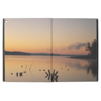"Capa Para iPad Pro 12.9"" Lago sunrise"