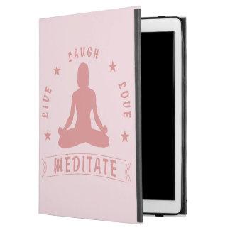 """Capa Para iPad Pro 12.9"""" O amor vivo do riso Meditate texto fêmea (o rosa)"""