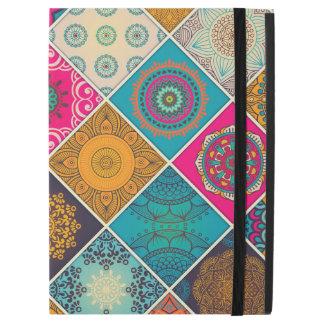 """Capa Para iPad Pro 12.9"""" Retalhos boémios coloridos da mandala"""