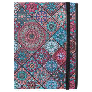 """Capa Para iPad Pro 12.9"""" Retalhos do vintage com elementos florais da"""