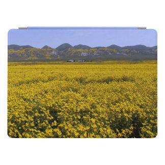 Capa Para iPad Pro Paisagem amarela do campo do Wildflower
