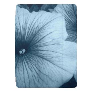 Capa Para iPad Pro Petúnias azuis