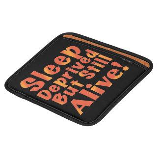 Capa Para iPad Sono destituído mas ainda vivo em tons do fogo