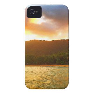 Capa Para iPhone 4 Case-Mate Por do sol do molhe da angra da palma