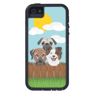Capa Para iPhone 5 Cães afortunados da ilustração em uma cerca de