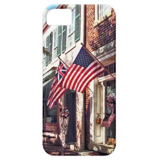 Capa Para iPhone 5 Fredericksburg VA - Rua com bandeiras americanas