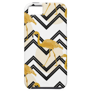 Capa Para iPhone 5 Hand drawn gold flamingo with chevron background