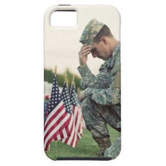 Capa Para iPhone 5 O soldado visita sepulturas no Memorial Day