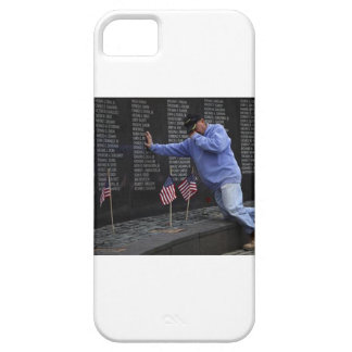 Capa Para iPhone 5 Visitando a parede memorável de Vietnam, C.C. de