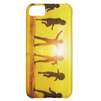 Capa Para iPhone 5C Miúdos que jogam no verão em um cais
