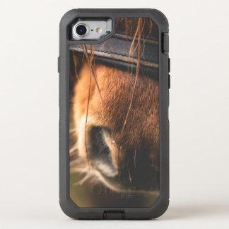 Capa Para iPhone 8/7 OtterBox Defender Close up de um nariz bonito do cavalo de Brown