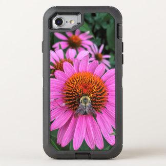 Capa Para iPhone 8/7 OtterBox Defender Flores cor-de-rosa vívidas com abelha