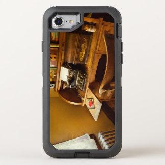 Capa Para iPhone 8/7 OtterBox Defender Trabalho - datilógrafo - uma pessoa com muitos