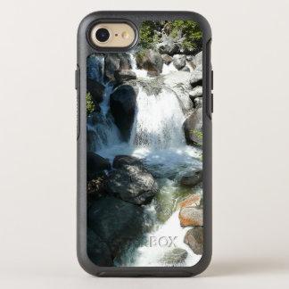 Capa Para iPhone 8/7 OtterBox Symmetry A cascata cai no parque nacional de Yosemite