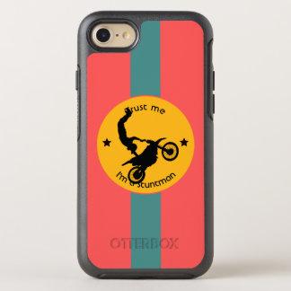Capa Para iPhone 8/7 OtterBox Symmetry Confie-me, mim são um dublê