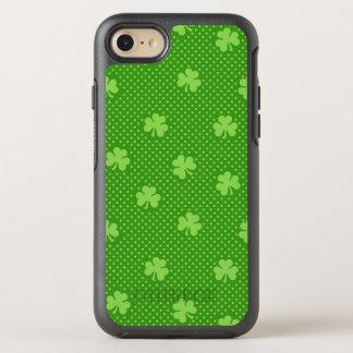 Capa Para iPhone 8/7 OtterBox Symmetry Dia verde de Patricks do santo do teste padrão do
