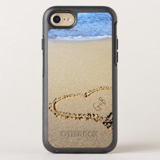 Capa Para iPhone 8/7 OtterBox Symmetry Monograma do coração da praia