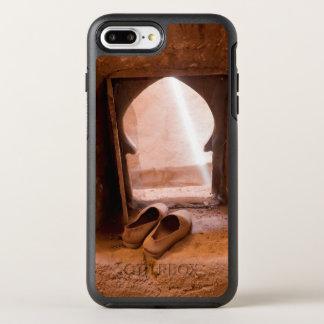 Capa Para iPhone 8 Plus/7 Plus OtterBox Symmetry Calçados marroquinos na janela