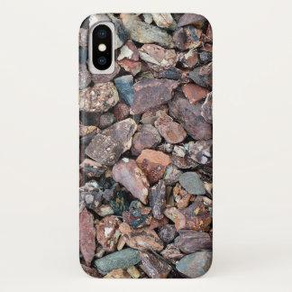 Capa Para iPhone X Ajardinando a entulho e as pedras da rocha da lava