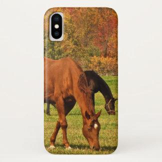 Capa Para iPhone X Cavalos de Brown no caso do iPhone X do outono