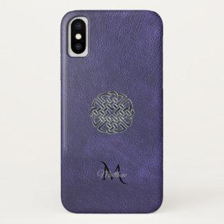 Capa Para iPhone X Monograma celta de couro roxo silenciado do nó