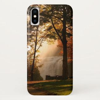 Capa Para iPhone X Névoa da cachoeira dos outonos
