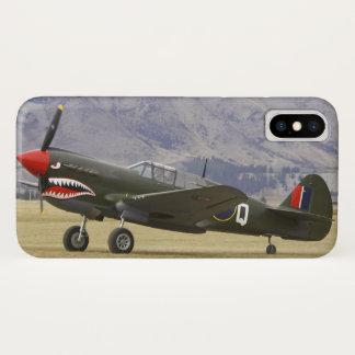 Capa Para iPhone X Nova Zelândia, Otago, Wanaka, Warbirds sobre 5