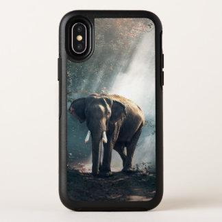 Capa Para iPhone X OtterBox Symmetry Elefante asiático em um esclarecimento Sunlit da