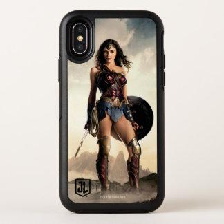 Capa Para iPhone X OtterBox Symmetry Mulher maravilha da liga de justiça | no campo de