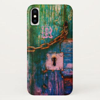 Capa Para iPhone X Porta de madeira velha colorida com corrente e