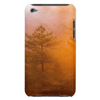 Capa Para iPod Touch Floresta dourada da corriola