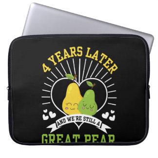 Capa Para Laptop 4 anos mais tarde era camisa ainda grande da pera