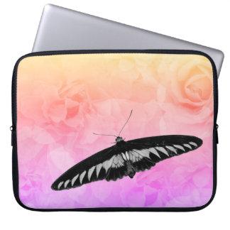 Capa Para Laptop Borboleta bonito do jardim de rosas do vintage do