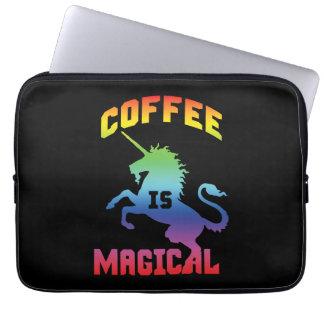 Capa Para Laptop O café é mágico - unicórnio engraçado da cafeína