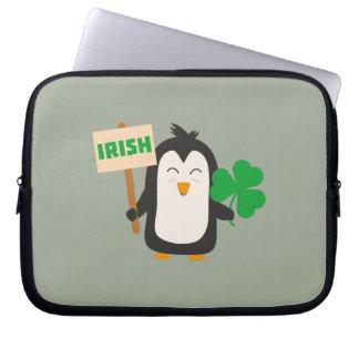 Capa Para Laptop Pinguim irlandês com trevo Zjib4