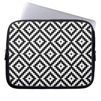 Capa Para Laptop Teste padrão asteca do bloco do símbolo preto &