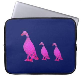 Capa Para Laptop Três patos em seguido