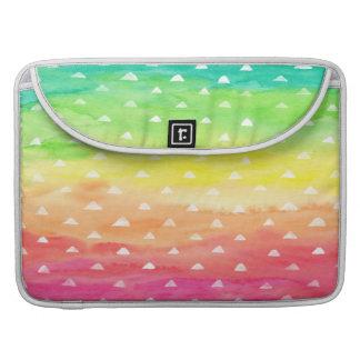 Capa Para MacBook A aguarela colorida listra os triângulos brancos