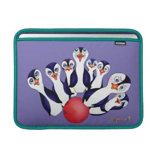 Capa Para MacBook Air Boliche feliz & Penguinpins pelos comp(s) felizes