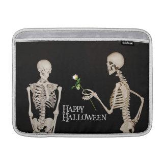 Capa Para MacBook Air Esqueletos o Dia das Bruxas feliz romântico