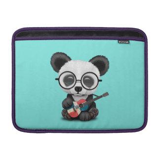 Capa Para MacBook Air Panda do bebê que joga a guitarra dominiquense da